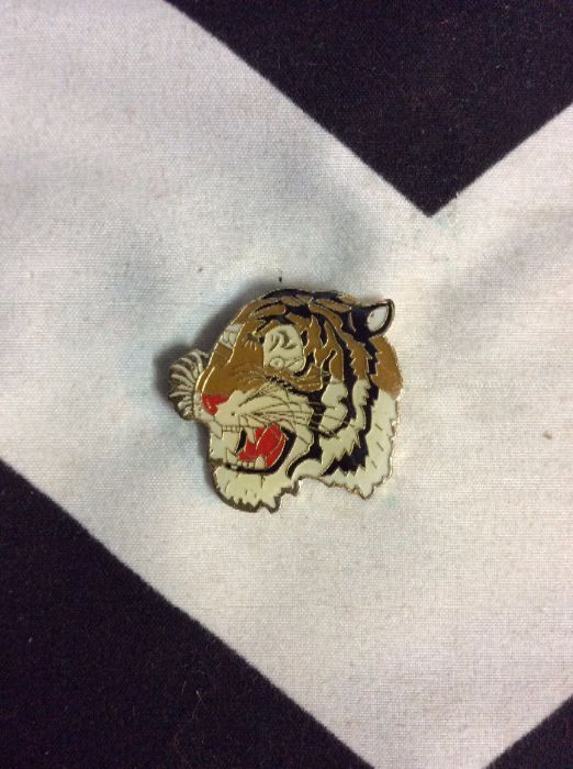 BW PIN- Large Tiger Face- 359 1