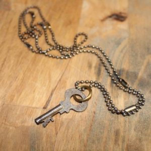 RUSTY VINTAGE KEY NECKLACE ON BALL CHAIN multiple clasps 1