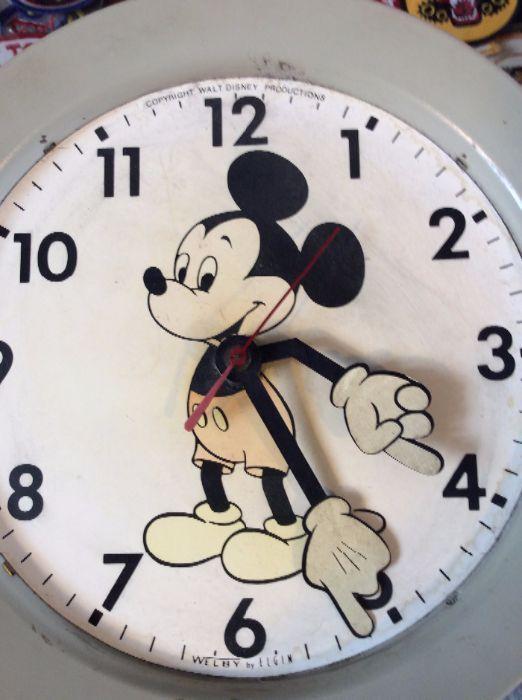 Retro Mickey wall clock as-is 2