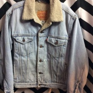 Levis Light Denim Jacket with Sherpa Lining 1