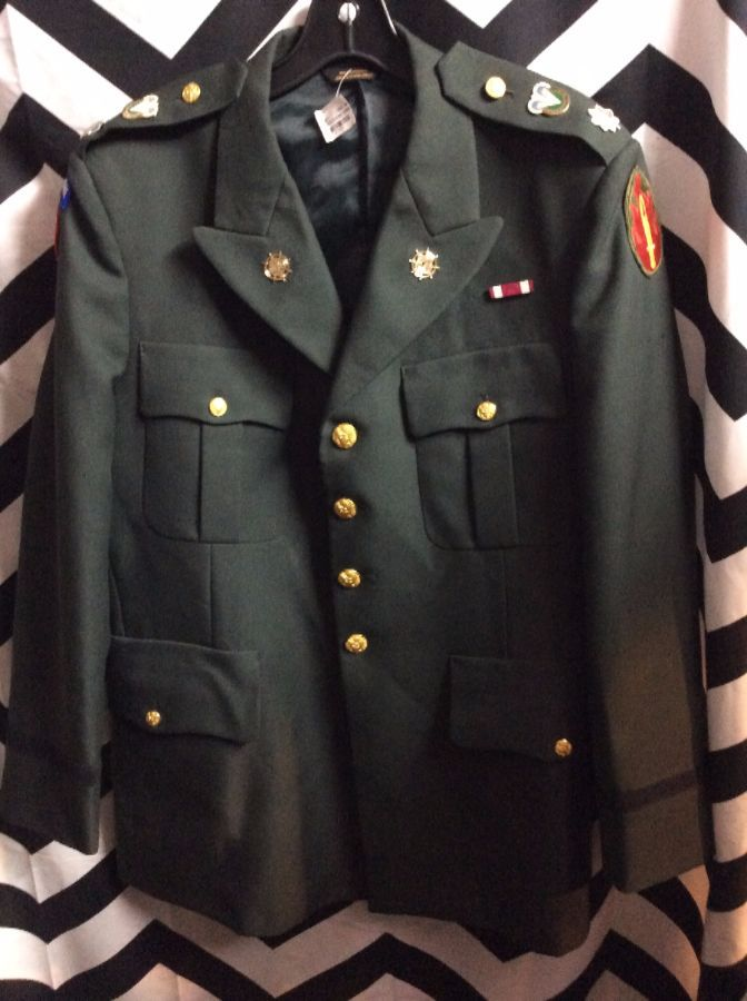 MILITARY UNIFORM JACKET - BUTTON-UP - PINS & PATCHES