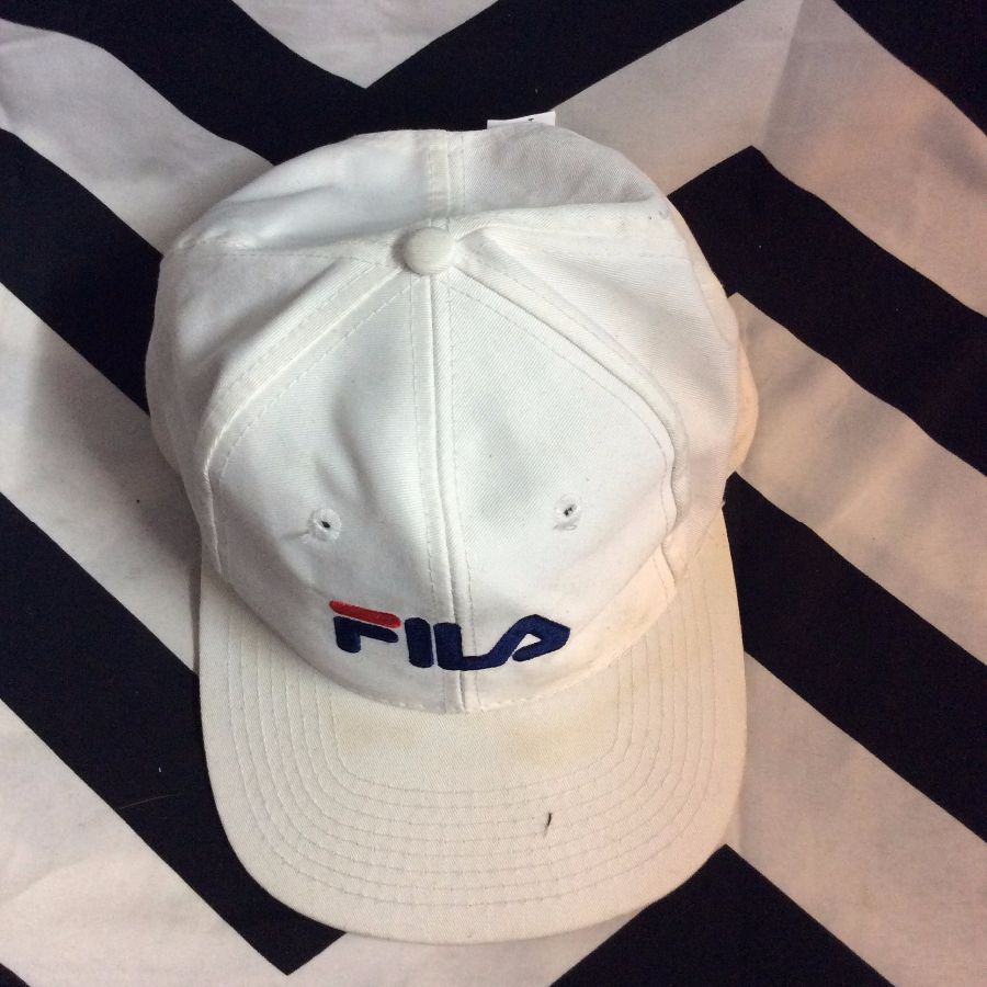 0aa25dcbaa4 FILA BASEBALL CAP - EMBROIDERED LOGO FRONT AND SIDE - SNAPBACK ...