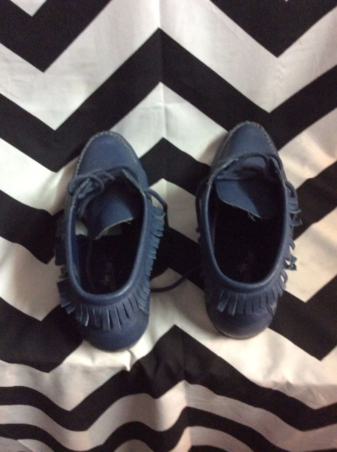 LITTLE LOW TOP MOCCASIN STYLE LEATHER SHOES 2