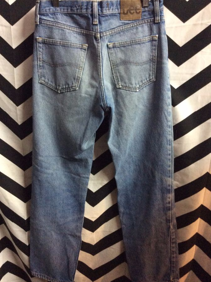Perfectly Worn and broken in Retro Lee denim jeans Shred Holes 2