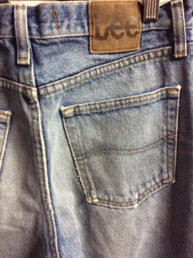 Perfectly Worn and broken in Retro Lee denim jeans Shred Holes 4