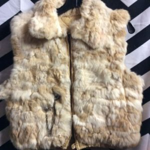 VEST RABBIT FUR 2 CONCHOS ZIPPER 1
