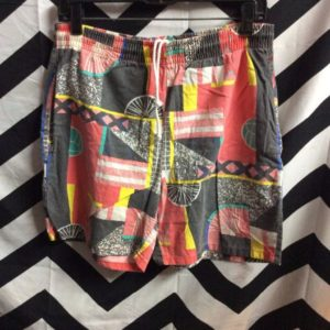 1990S PRINTED BEACH SHORTS GEOMETRIC VOLLEYBALL 1