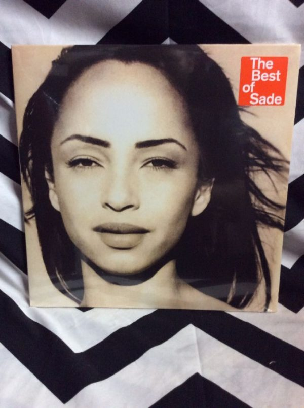 product details: BW VINYL RECORD - SADE - THE BEST OF SADE photo