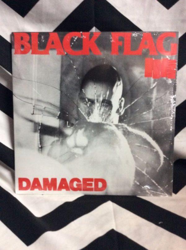 BW VINYL Black Flag Damaged 1