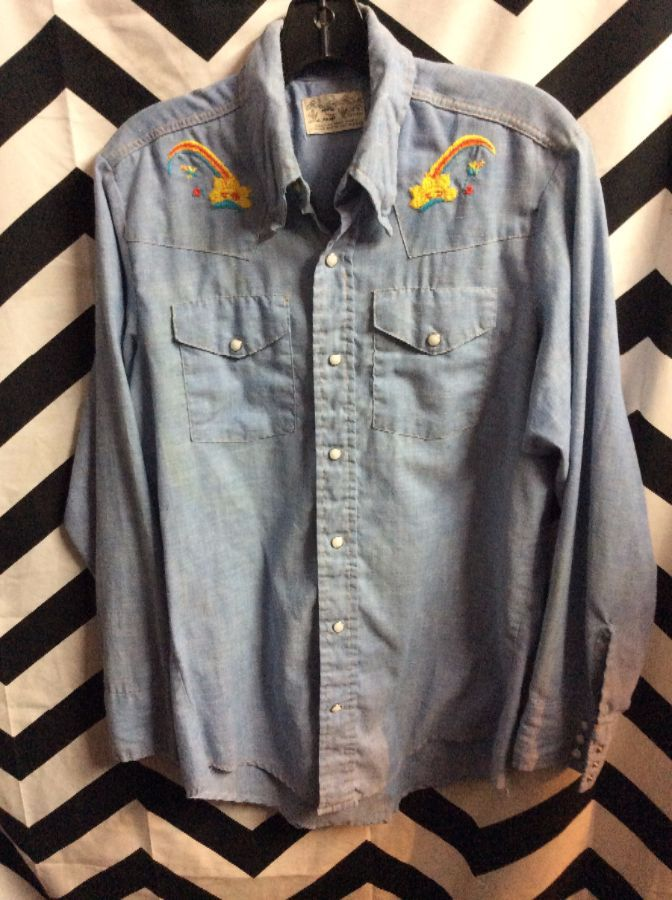 515f65c2c5 DENIIM SHIRT – CHAMBRAY – WESTERN STYLE – BUTTON-UP W PEARL SNAPS –  EMBROIDERED SUN   RAINBOW DESIGN