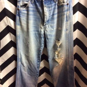 1970S PERFECTLY DISTRESSED WRANGLER JEANS 1