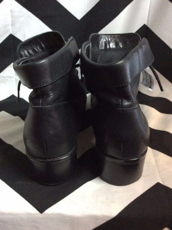 LITTLE LACE UP LEATHER BOOTIES BLOCK HEEL 2