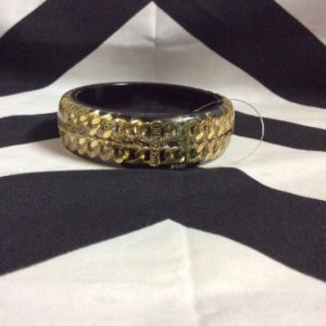 RESIN BANGLE BRACELET WITH INLAYED GOLD CHAINS 1