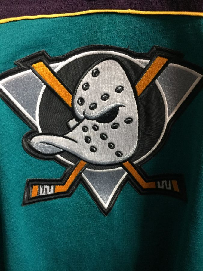 NHL ANAHEIM MIGHTY DUCKS JERSEY W OLD LOGO » Boardwalk Vintage cd4136238