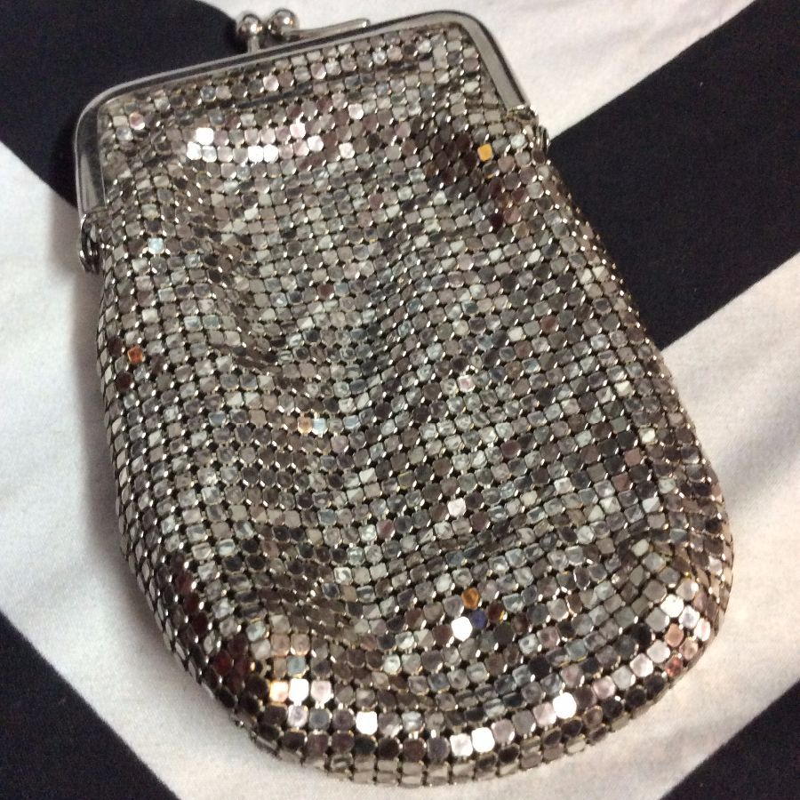 CHROME SQUARE MESH CIGARETTE CASE 1