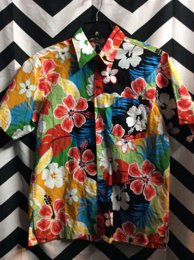 b8d0ed0d HAWAIIAN SHIRT W/BRIGHT COLORED FLORAL DESIGN » Boardwalk Vintage
