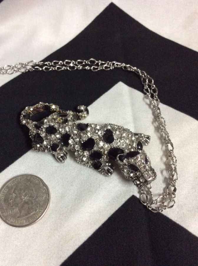 1980S CRYSTAL ENCRUSTED PANTHER PENDANT 1