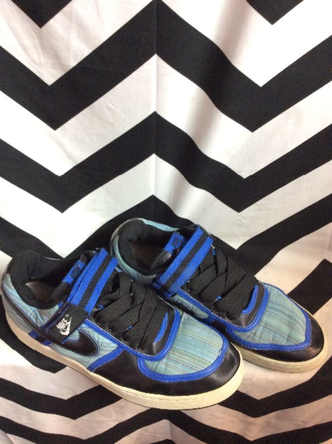 NIKE LOW TOP VELCRO STRAP BLUE STRIPE PATTERN 1