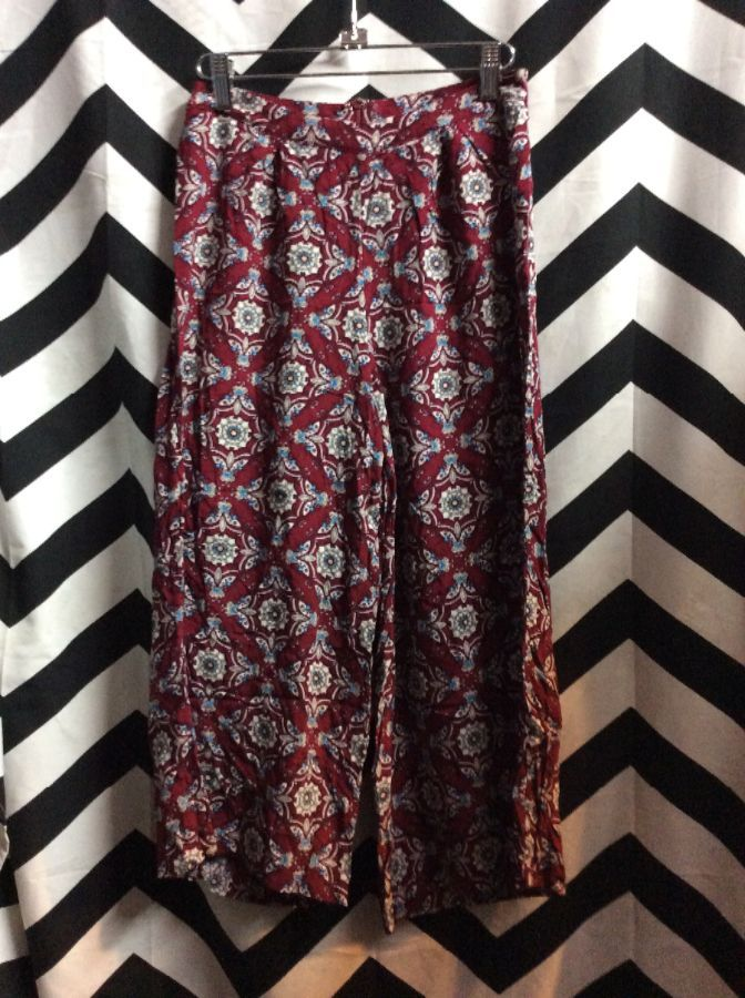 PANTS CROPPED WIDE LEG MAROON PATTERN 1