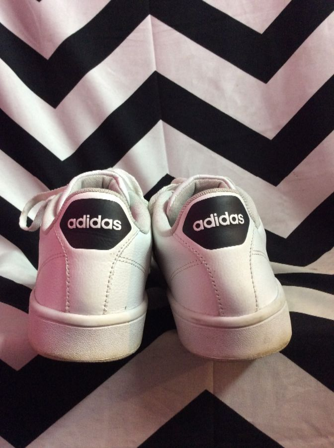 CLASSIC LEATHER ADIDAS TENNIS SHOES 3