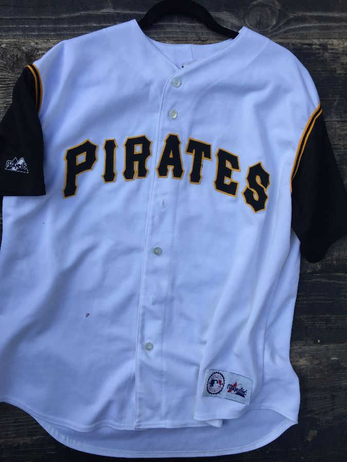adf395b60 MLB PITTSBURGH PIRATES BUTTON-UP BASEBALL JERSEY » Boardwalk Vintage