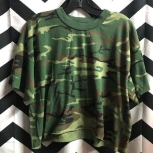 CUT OFF CAMO PRINT CROPPED T SHIRT 1