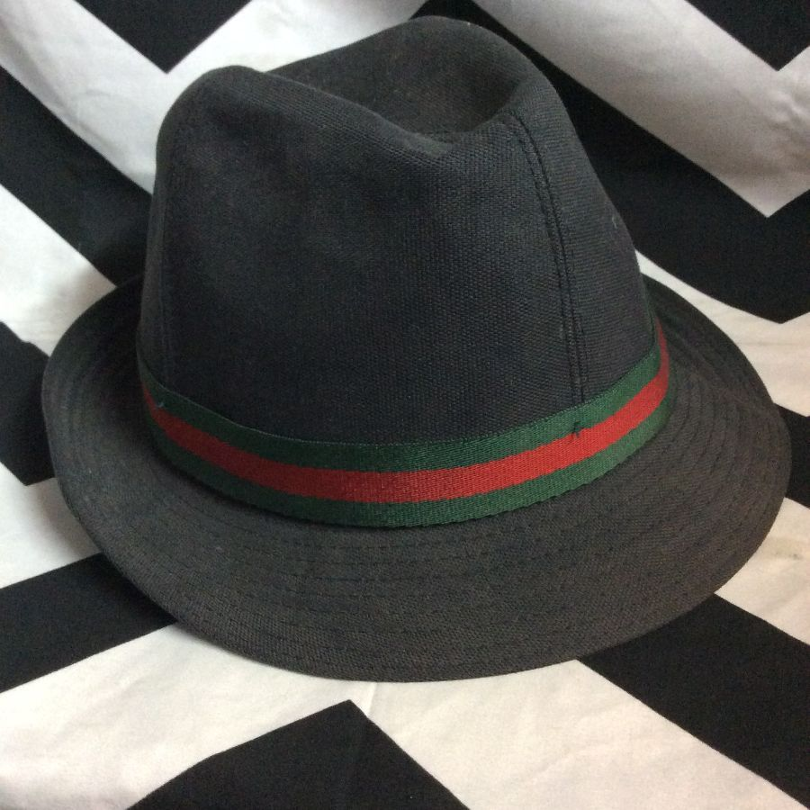 GUCCI FEDORA HAT W  MONOGRAM LINING   LEATHER BADGE » Boardwalk Vintage c97ab102895