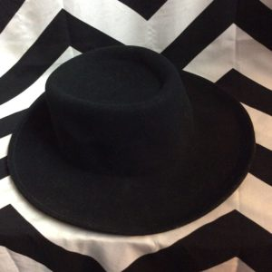 CLASSIC WOOL BRIMMED HAT 1