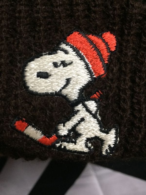 Deadstock Snoopy playing Hockey Knit Pom Pom beanie 3