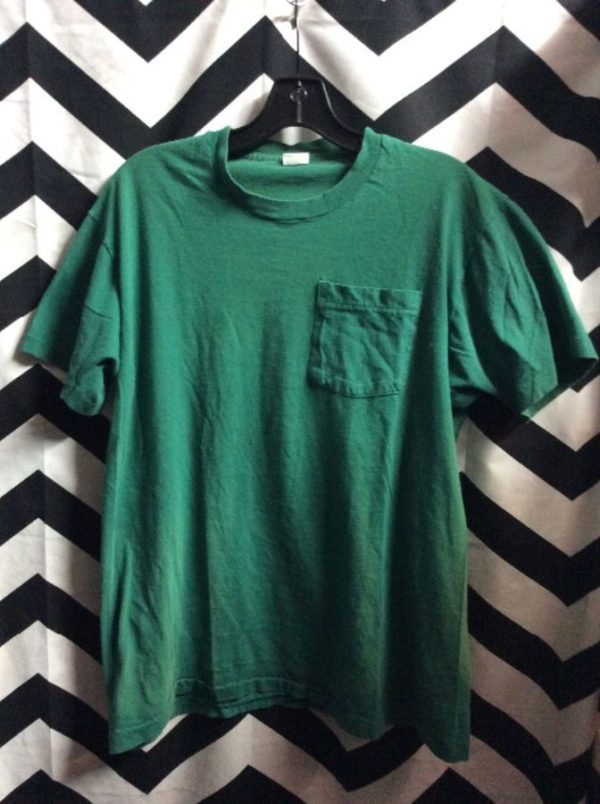 product details: T-SHIRT SOLID COLOR CLASSIC POCKET TEE photo