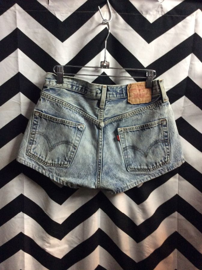 4947d851 LEVIS DENIM SHORTS 501 DISTRESSED ACID WASH BUTTON FLY » Boardwalk ...