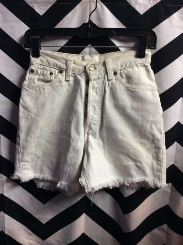 product details: LEVIS FRAYED CUT-OFF DENIM JEAN SHORTS BERMUDA LENGTH photo