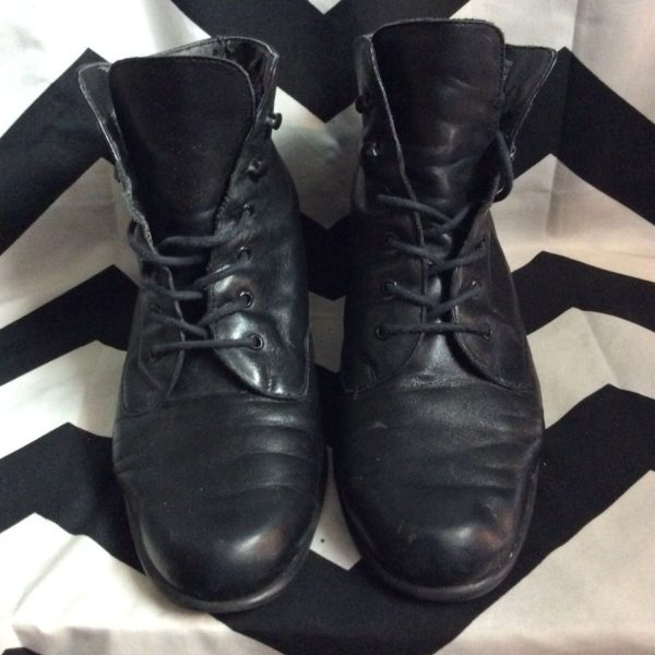 product details: SPA EASY SPIRIT LACE-UP LEATHER BOOTS photo