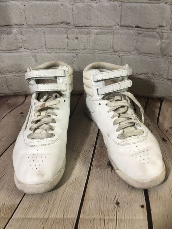 product details: 1980'S VINTAGE REEBOK HIGH TOP LEATHER SNEAKERS photo