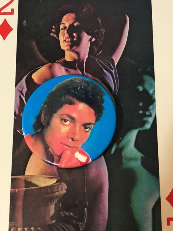 product details: ORIGINAL 1980'S MICHAEL JACKSON BUTTON photo