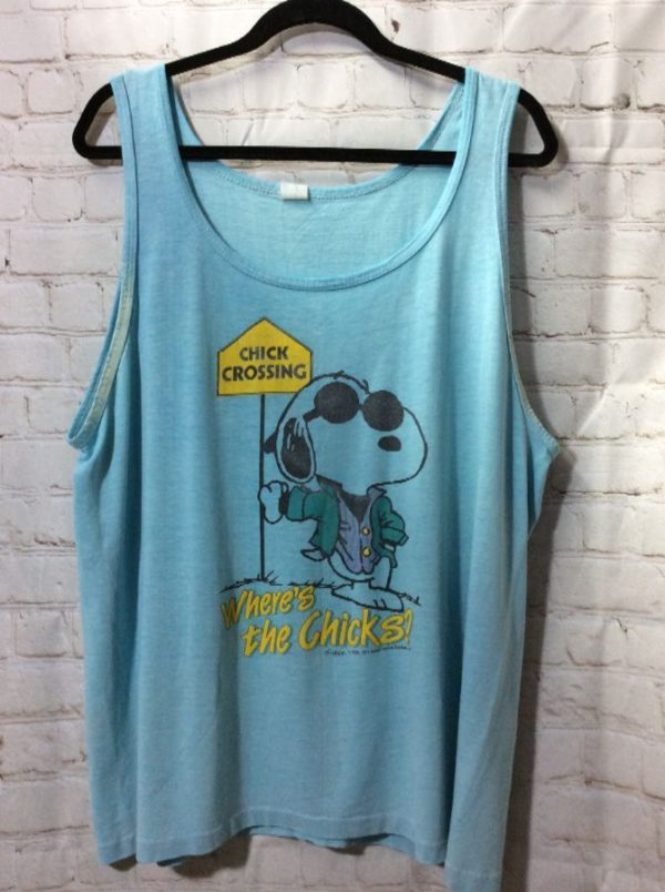 product details: TANK TOP - SNOOPY - CHICK CROSSING - SCREEN PRINTED GRAPHIC FULL FRONT photo