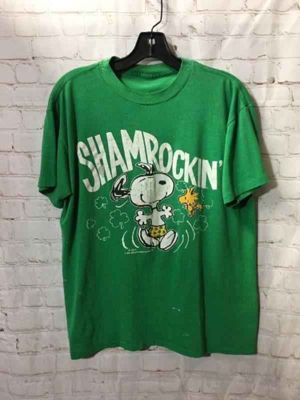 product details: SHAMROCKIN' SNOOPY T-SHIRT photo