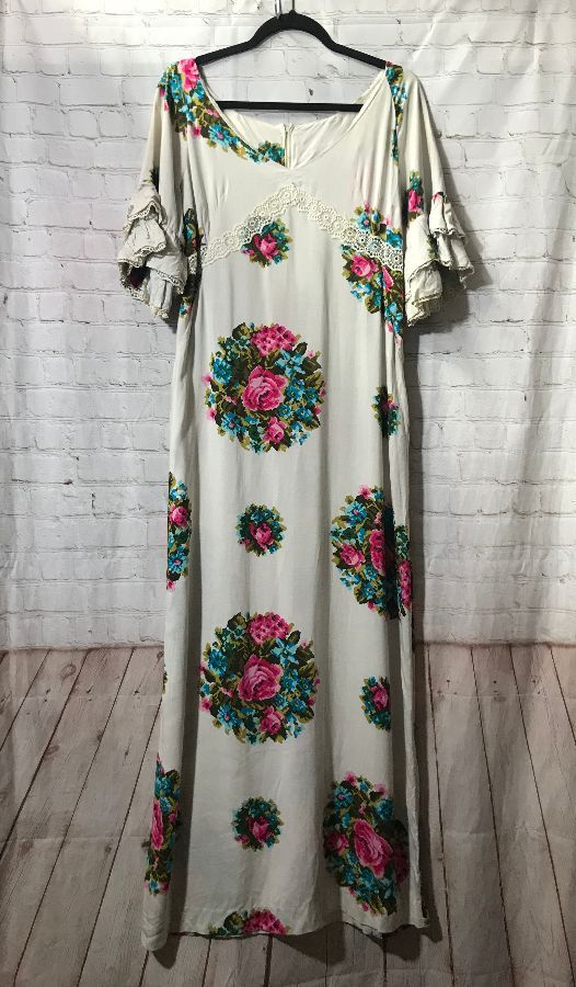 VINTAGE RUFFLED LONG DRESS FLORAL DESIGN