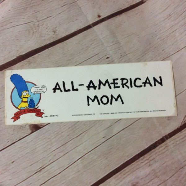 MARGE SIMPSON ALL-AMERICAN MOM STICKER