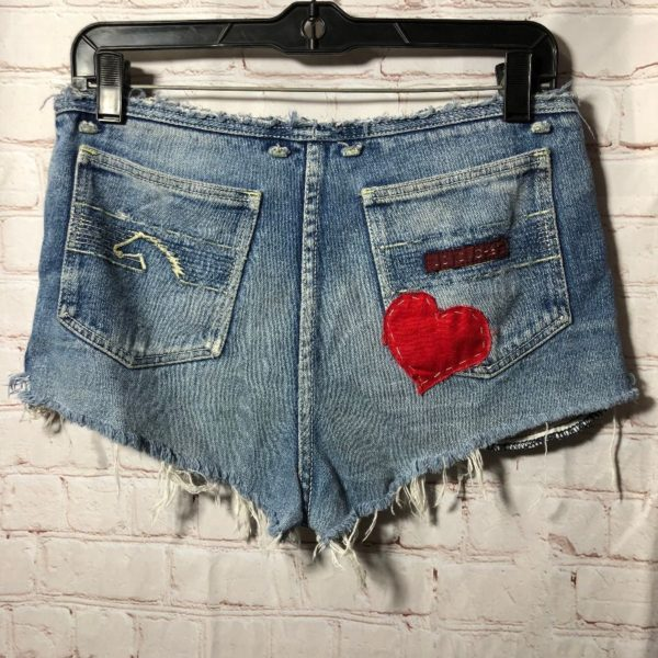product details: SIZE 30 FADED DISTRESSED DENIM SHORTS STITCHED HORSE DESIGN AND HEART PATCH  W30 *AS-IS* CUT OFF WAIST BAND photo