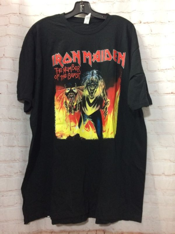 product details: T-SHIRT W/ IRON MAIDEN THE NUMBER OF THE BEAST GRAPHIC photo