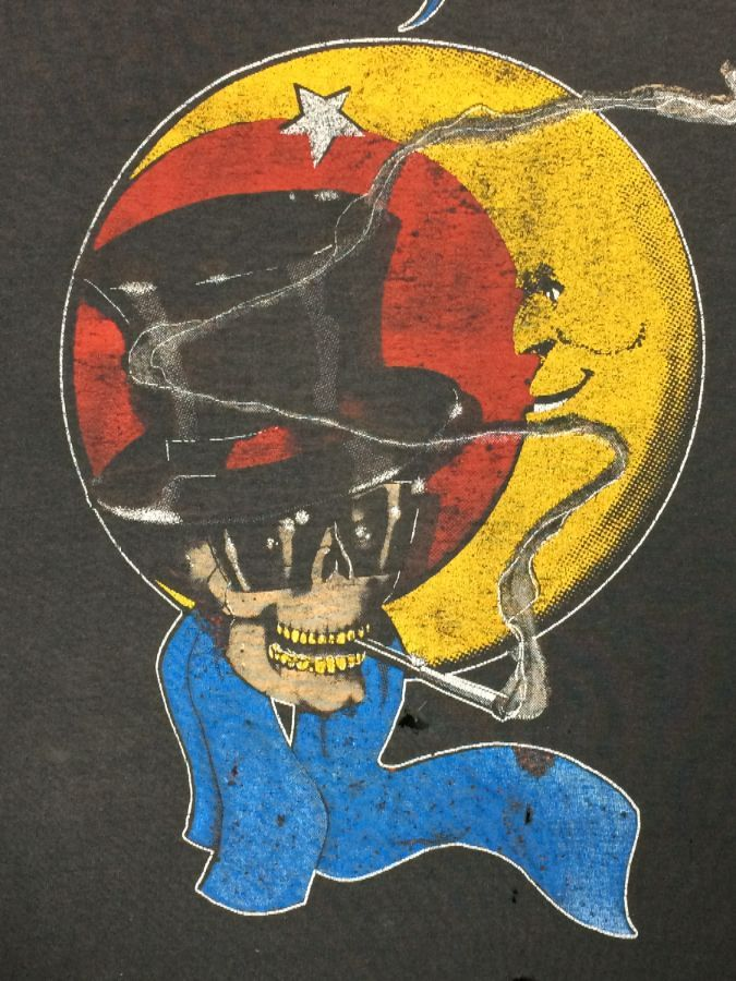 96cbdb4b BON JOVI SMOKING SKULL W/ TOP HAT & CRESCENT MOON GRAPHIC T-SHIRT PAPER THIN