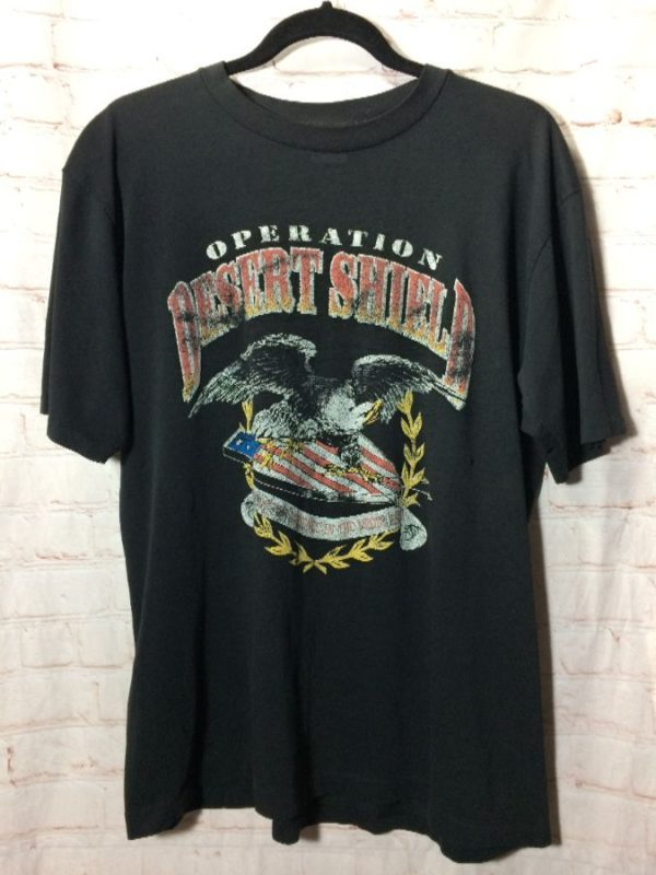 product details: T-SHIRT OPERATION DESERT SHIELD W/ EAGLE & DISTRESSED AMERICAN FLAG GRAPHIC photo