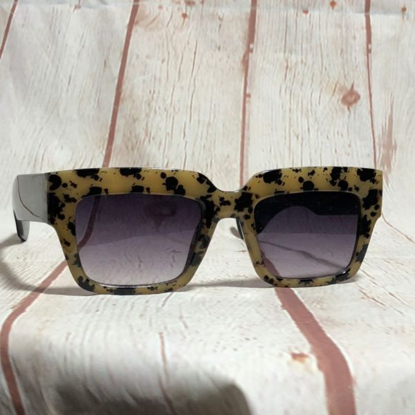 FUNKY LEOPARD PRINT RECTANGULAR THICK FRAMED SUNGLASSES