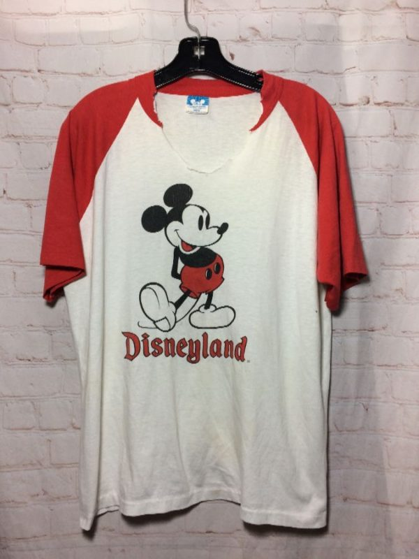 product details: T-SHIRT MICKEY MOUSE DISNEYLAND CUT-OUT V-NECK photo
