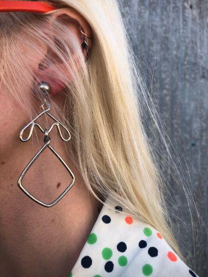 1980S *Deadstock* Bent Wire Dress Form Drop Earrings