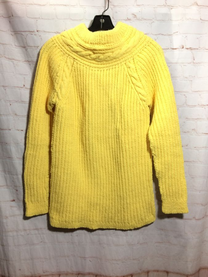 fbdb6fb55f6 1980 S CHUNKY CABLE KNIT WOOL TURTLENECK SWEATER FISHERMAN STYLE ...