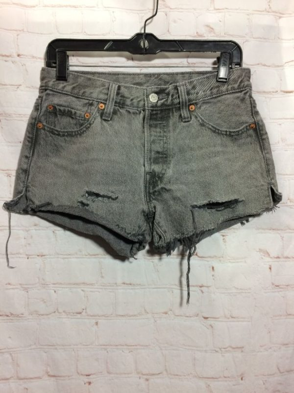 PERFECTLY DISTRESSED LEVIS 501 CUT-OFF DENIM SHORTS