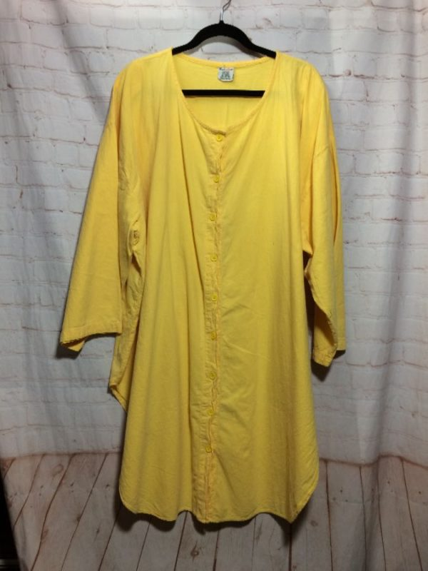 1980'S COTTON OVERSIZED SHIRT W/ LONG TAILS