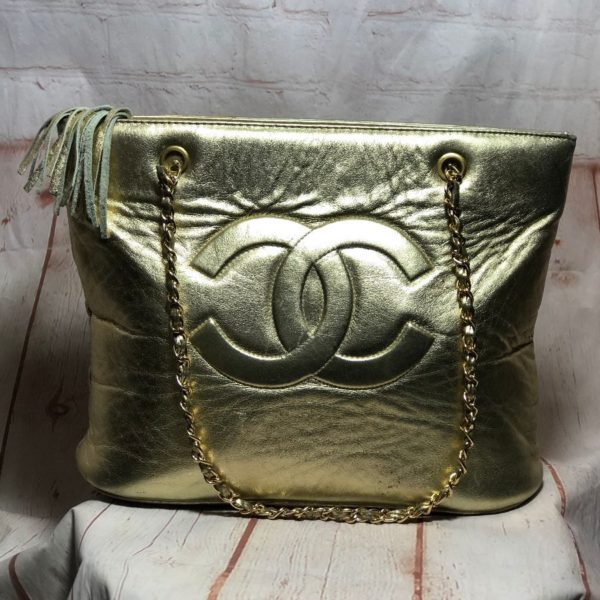 product details: 1980S VINTAGE GOLD LAMB LEATHER CHANEL HANDBAG WITH DOUBLE CHAIN SHOULDER STRAPS photo